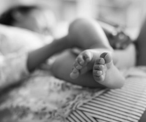 baby feet black and white 1